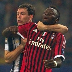 Milan, juvemerda, scandalo, ladri, dovete morire